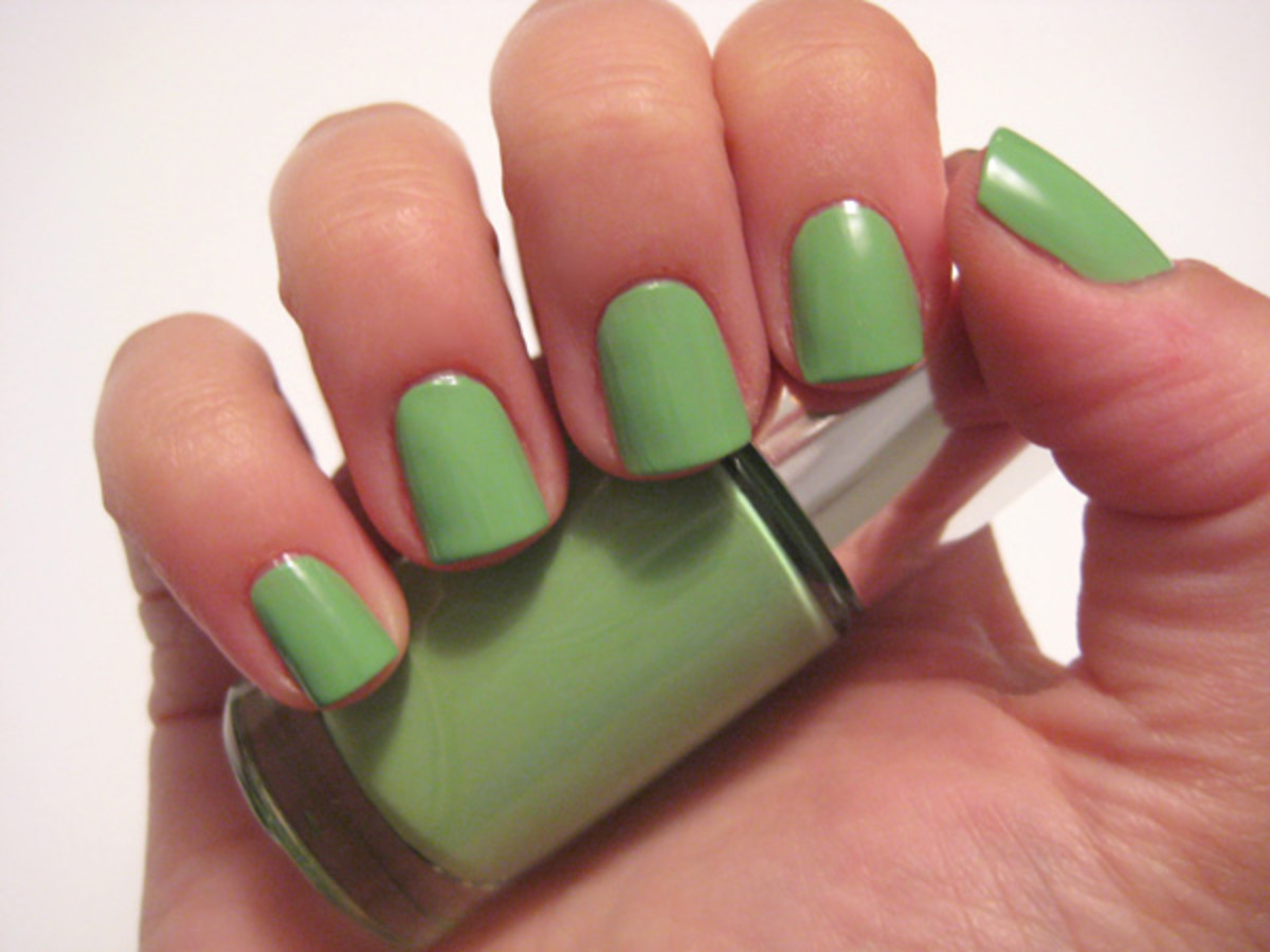 Clinique A Different Nail Enamel For Sensitive Skins 2013 forecasting