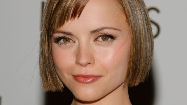 Bad Haircut How To Grow It Out Celebrity Hairstylist Tips The