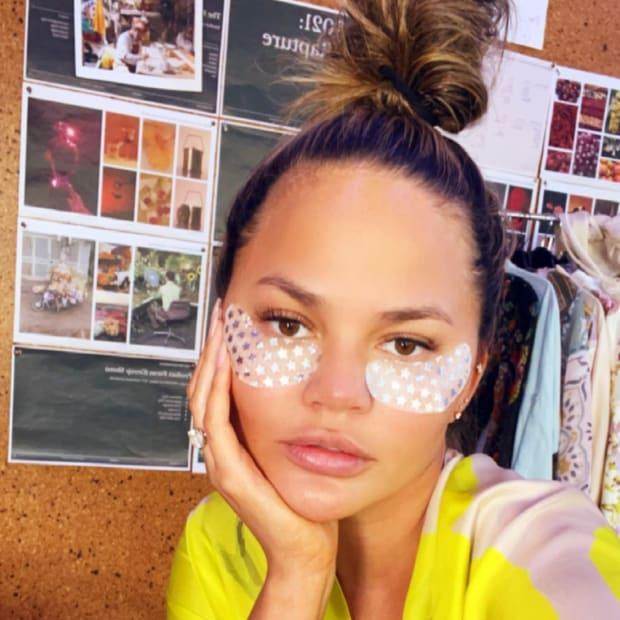 Chrissy Teigen skincare routine
