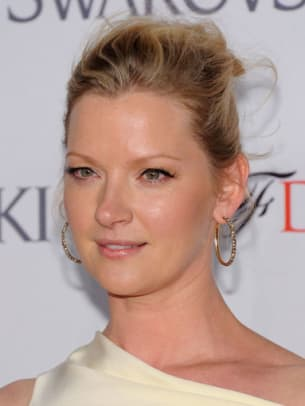Gretchen-Mol-CFDA-Fashion-Awards-2012-383x510