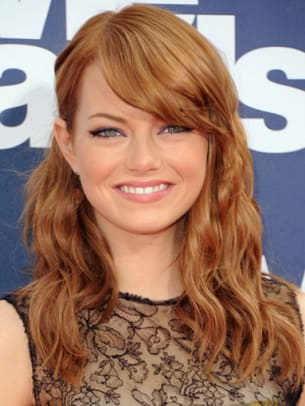 Emma-Stone-MTV-Movie-Awards-2011-383x510