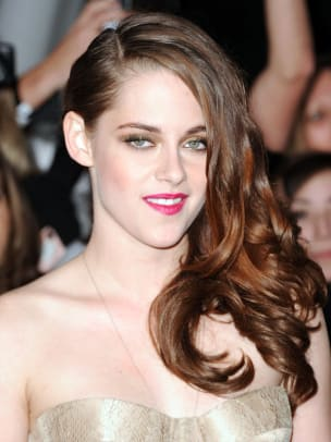 Kristen-Stewart-Twilight-Breaking-Dawn-Part-2-premiere-2012