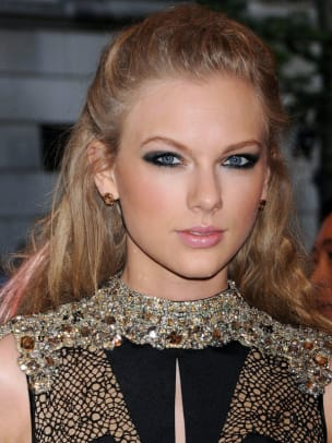 Taylor-Swift-Met-Ball-2013
