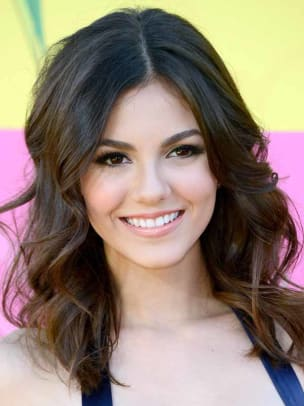 Victoria-Justice-Kids-Choice-Awards-2013