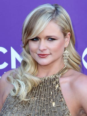 Miranda-Lambert-ACM-Awards-2012-383x510