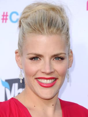 Busy-Philipps-Critics-Choice-Awards-2012-383x510