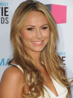 Stacy-Keibler-Critics-Choice-Awards-2012-383x510