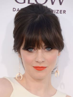 Zooey-Deschanel-Billboard-Music-Awards-2012-383x510