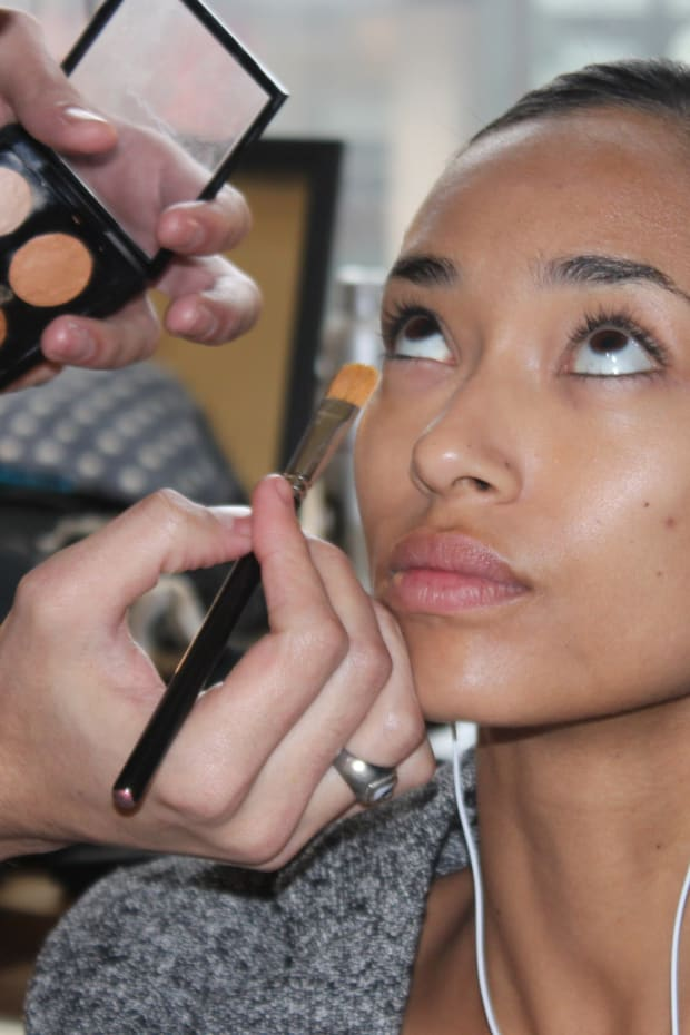 7 Foundation Mistakes You're Probably Making - The Skincare Edit
