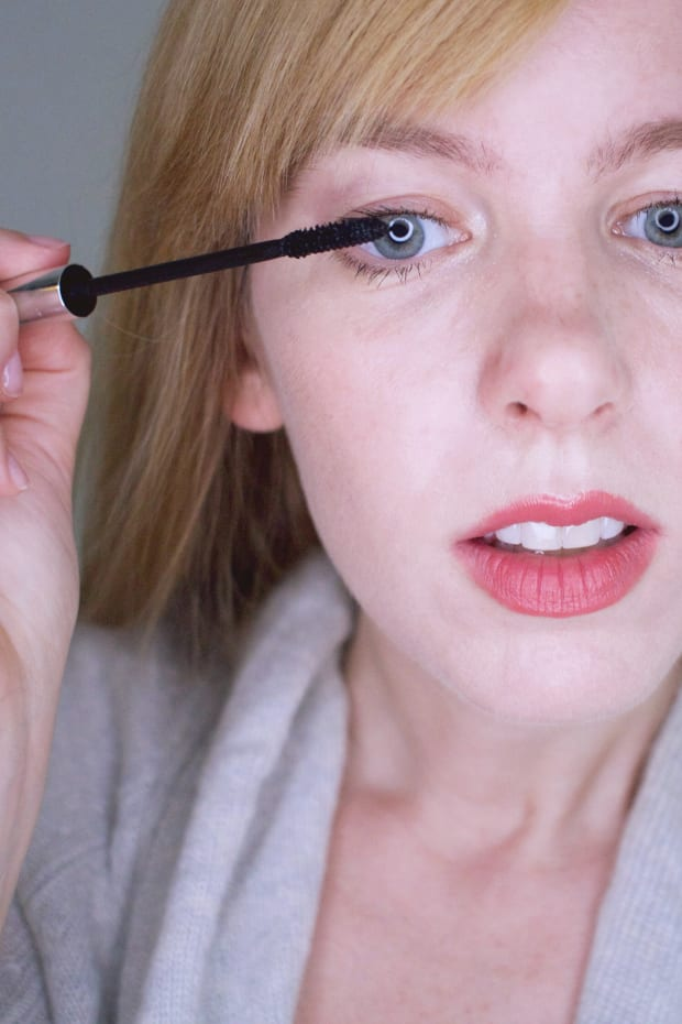 How to Look Younger With Makeup - The