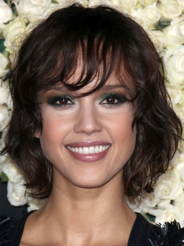 Cool The Best And Worst Bangs For Oval Faces The Skincare Edit Natural Hairstyles Runnerswayorg