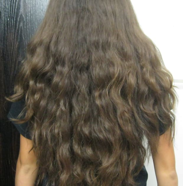 Wavy Hairstyles Best Cuts And Styles For Long Naturally Wavy Hair The Skincare Edit