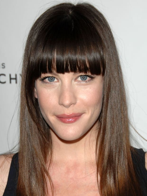 Magnificent The Best And Worst Bangs For Long Face Shapes The Skincare Edit Natural Hairstyles Runnerswayorg