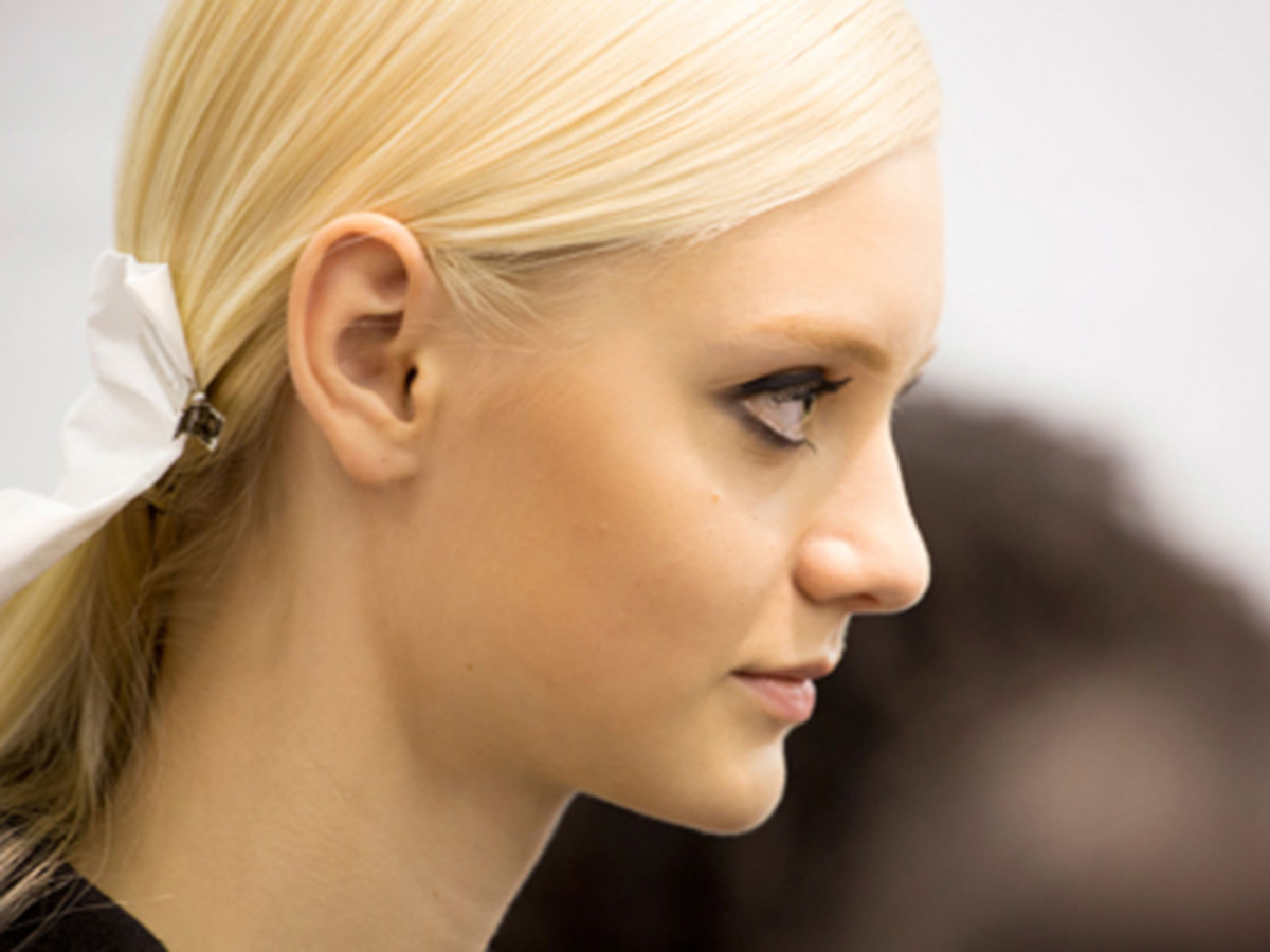 8 Reasons to Add a Clarifying Shampoo to Your Hair Routine