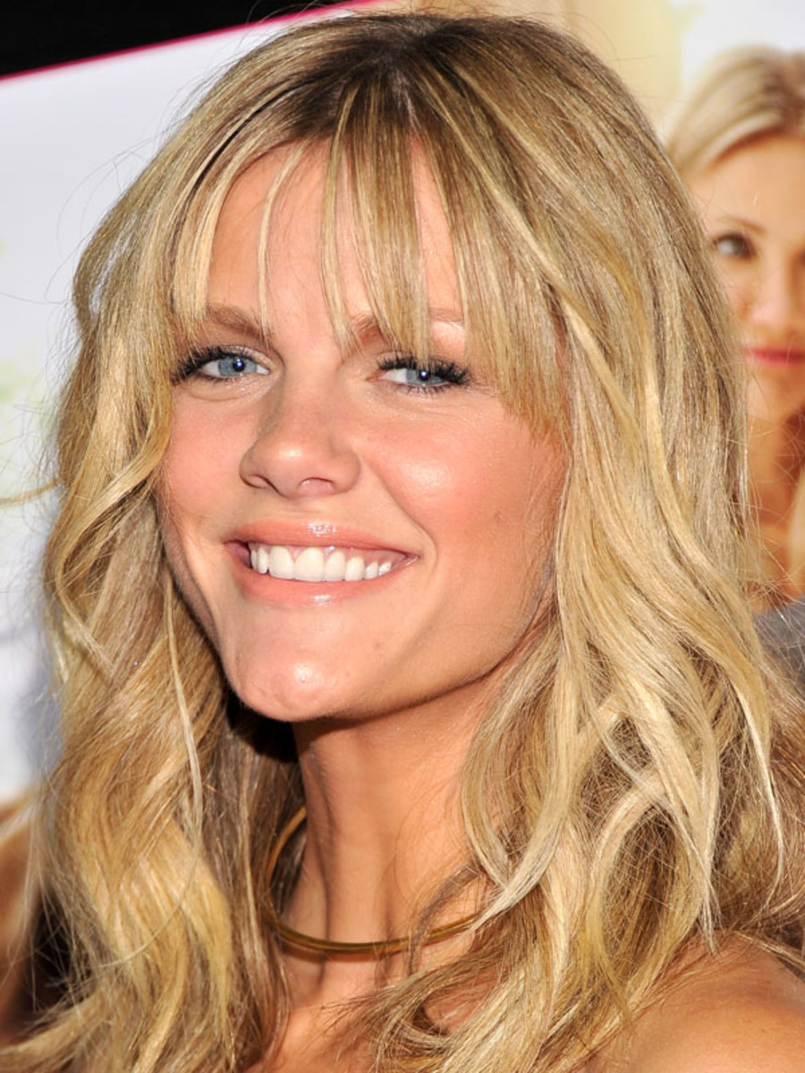 The Best And Worst Bangs For Inverted Triangle Faces The
