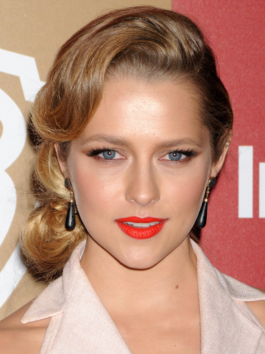 Teresa Palmer - Golden Globes Warner Bros. & InStyle After Party 2013