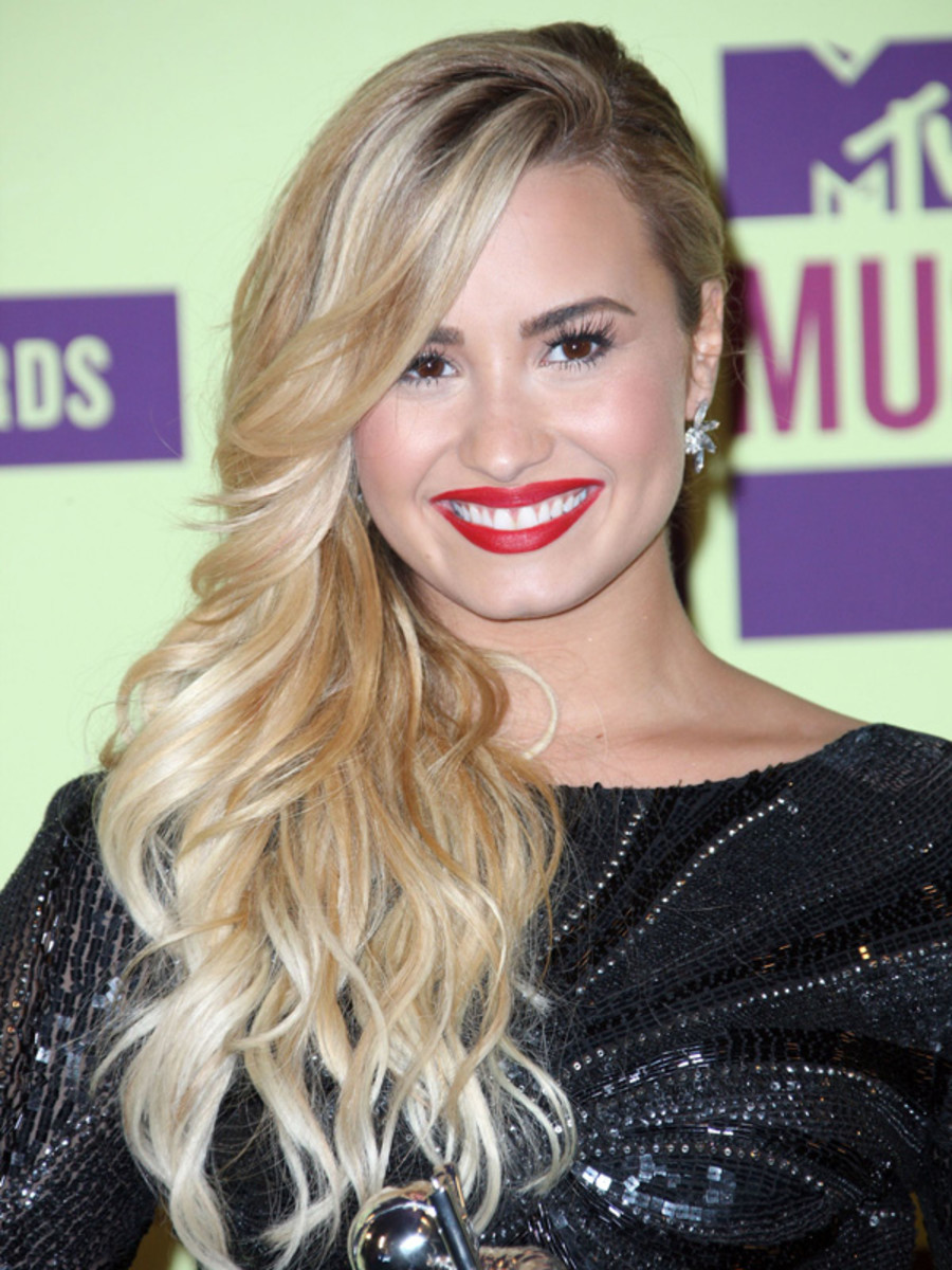 Demi Lovato - MTV Video Music Awards 2012