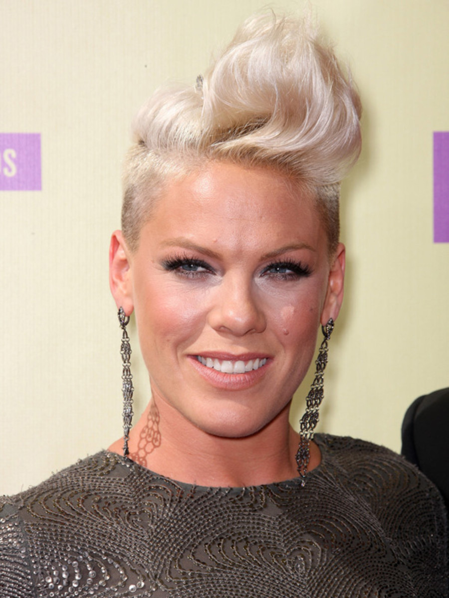 Pink - MTV Video Music Awards 2012