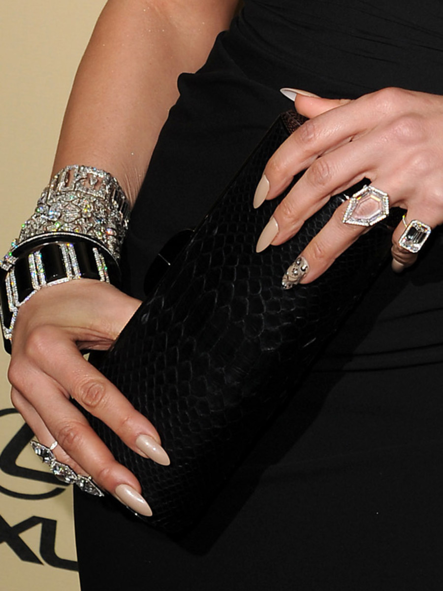 Jennifer Lopez - Golden Globes 2013 nails