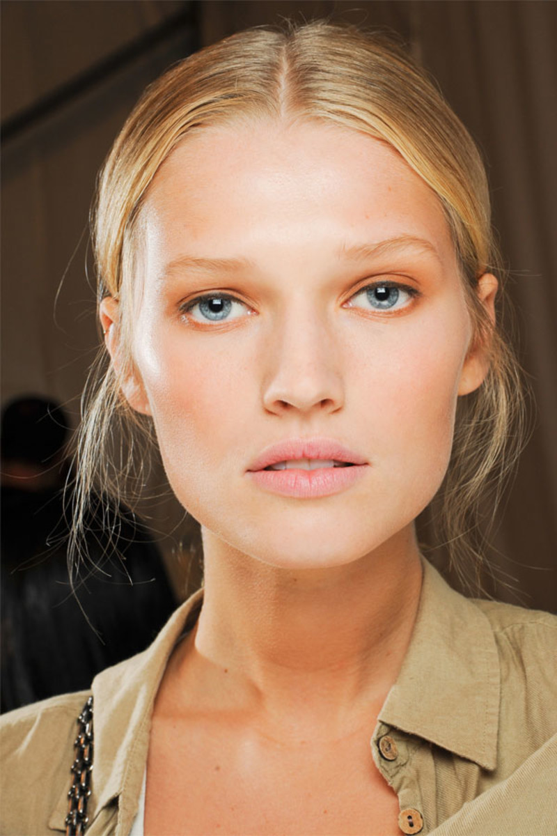 How to Blend Your Makeup Like a Pro