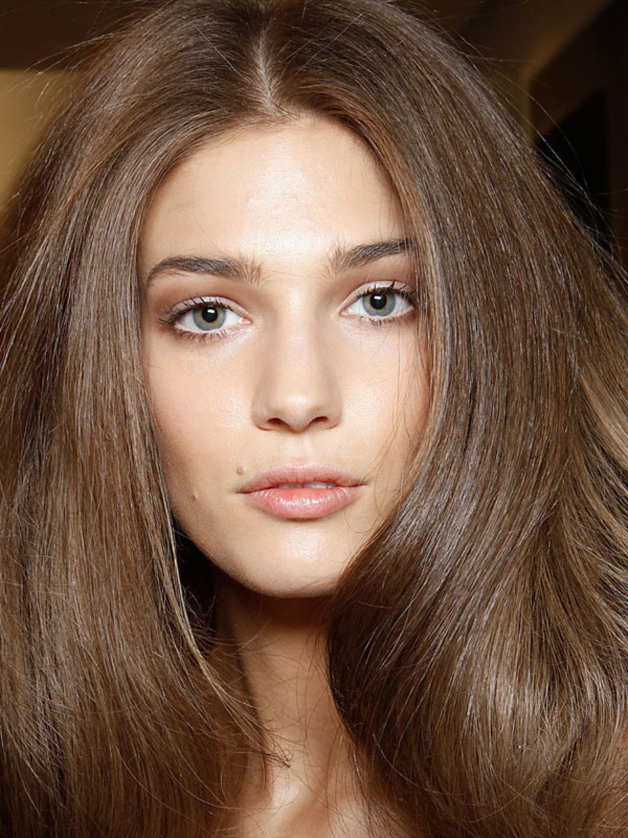 How To Blow Dry Your Hair At Home Like A Pro The Skincare Edit