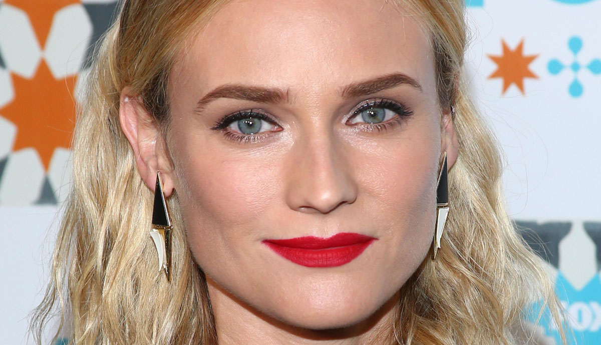 Shades Of Blonde For Light Skin And Blue Eyes Celebrity Hairstylist Tips The Skincare Edit