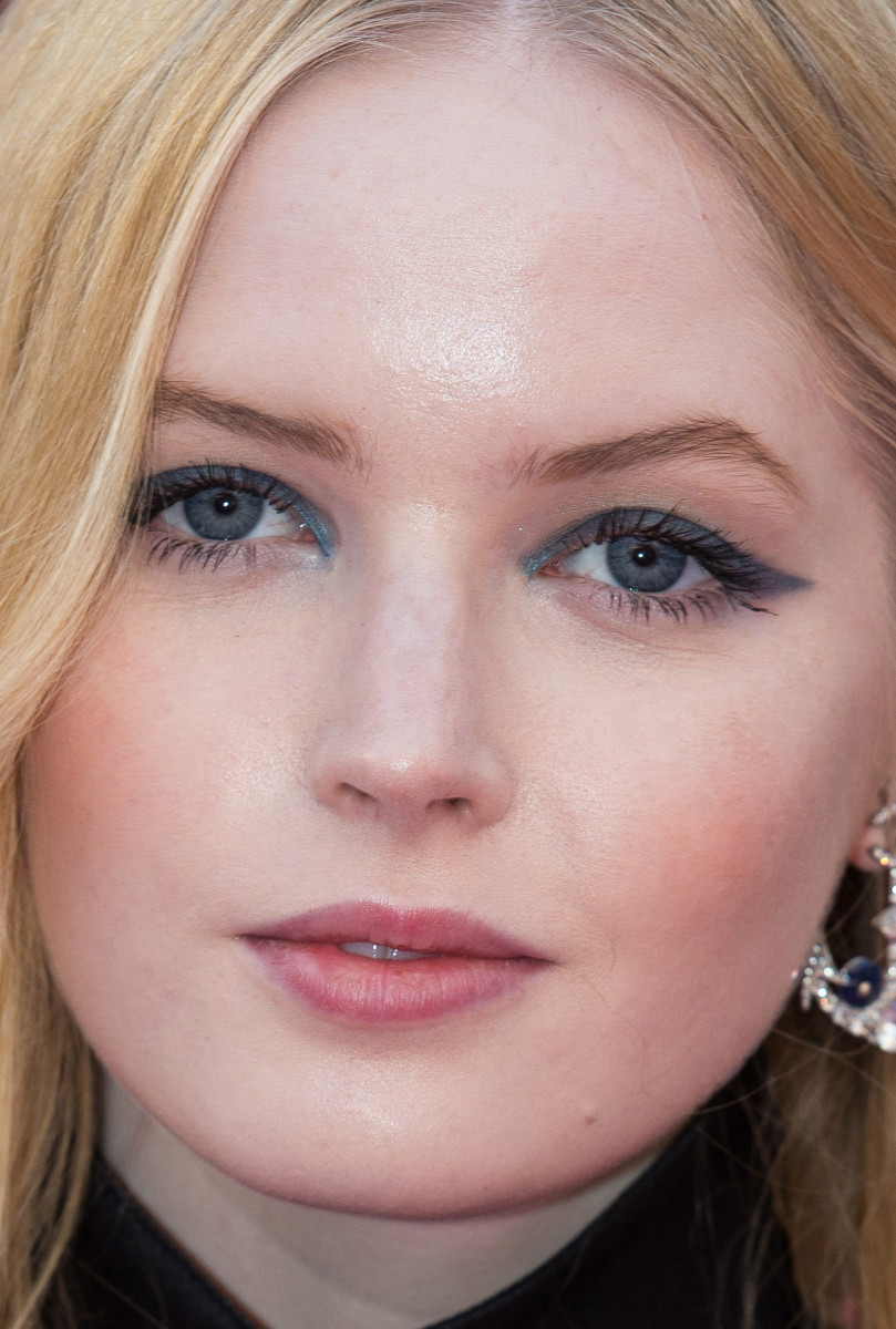 Ellie Bamber, Victoria and Albert Museum Summer Party, 2018