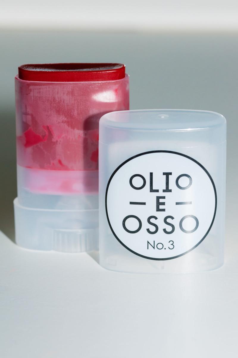 Olio E Osso Balm in No. 3 Crimson