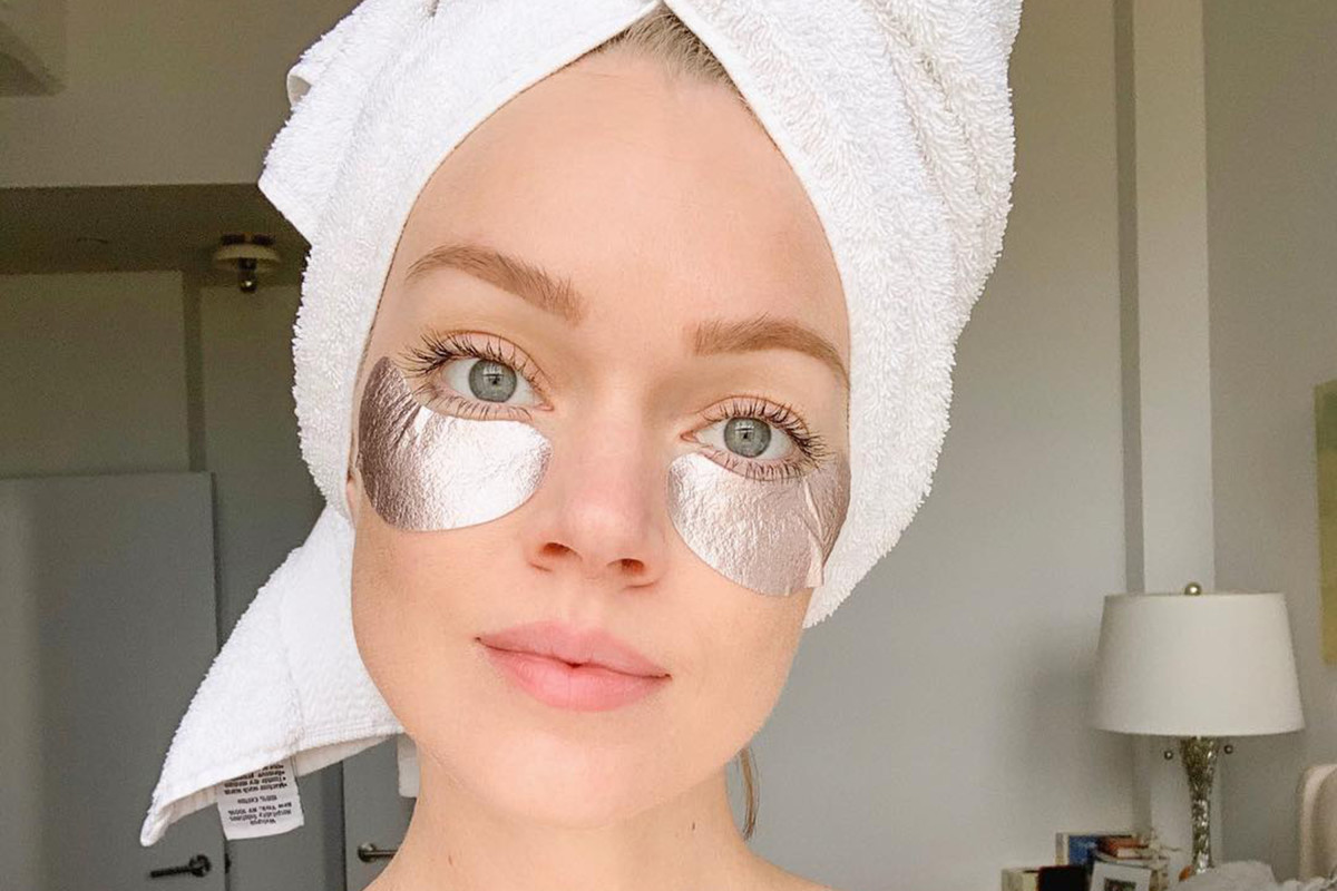 Lindsay Ellingson skincare routine