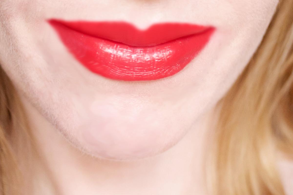 NARS Audacious Lipstick in Annabella