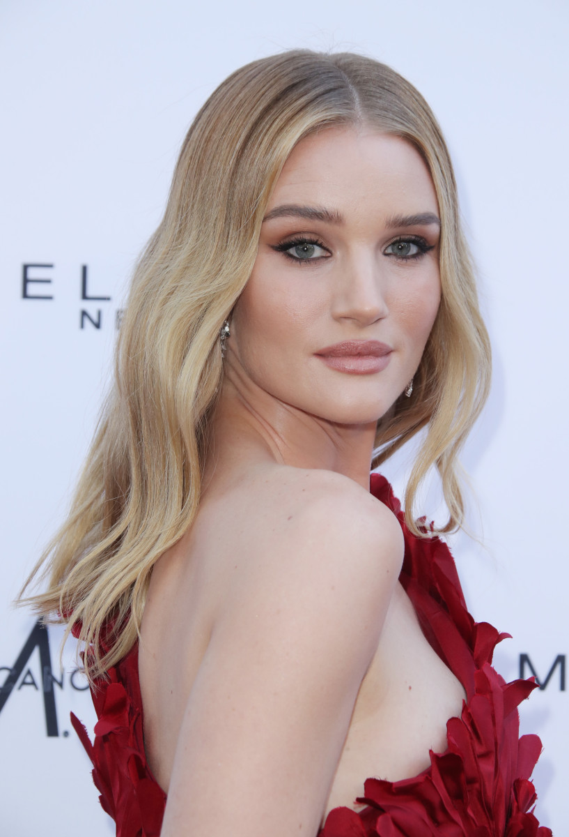 Rosie Huntington-Whiteley, The Women's Cancer Research Fund's An Unforgettable Evening Benefit Gala, 2019