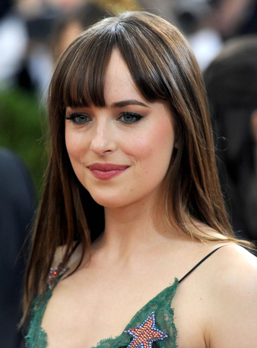 Dakota Johnson Met Gala 2016