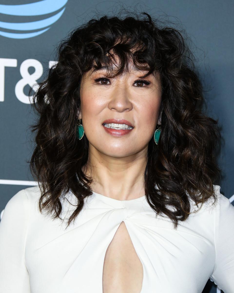 Sandra Oh Critics' Choice Awards 2019