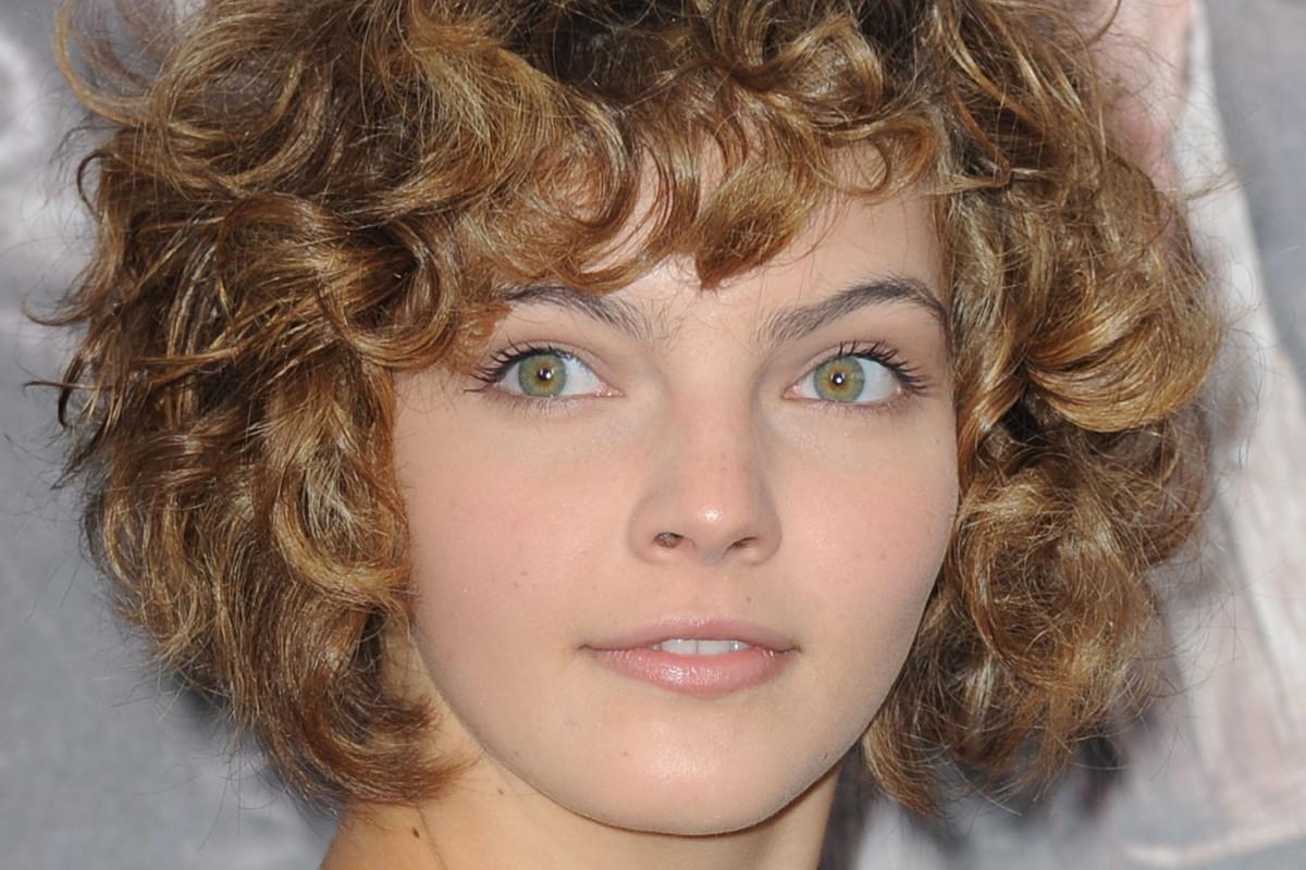 Thin curly hair