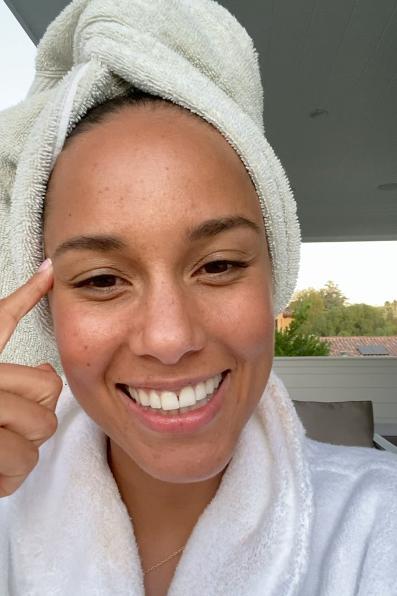 Alicia Keys skincare routine