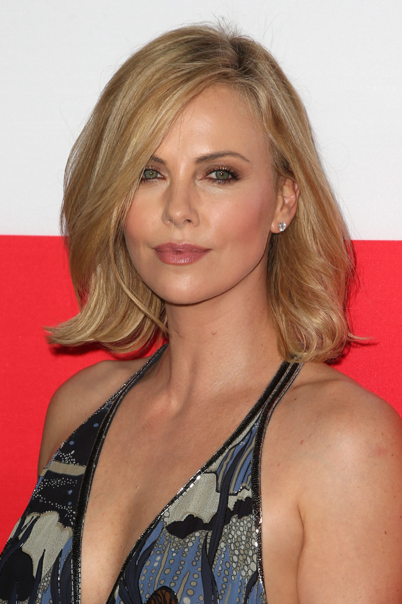 Charlize Theron The Gunman Los Angeles premiere 2015