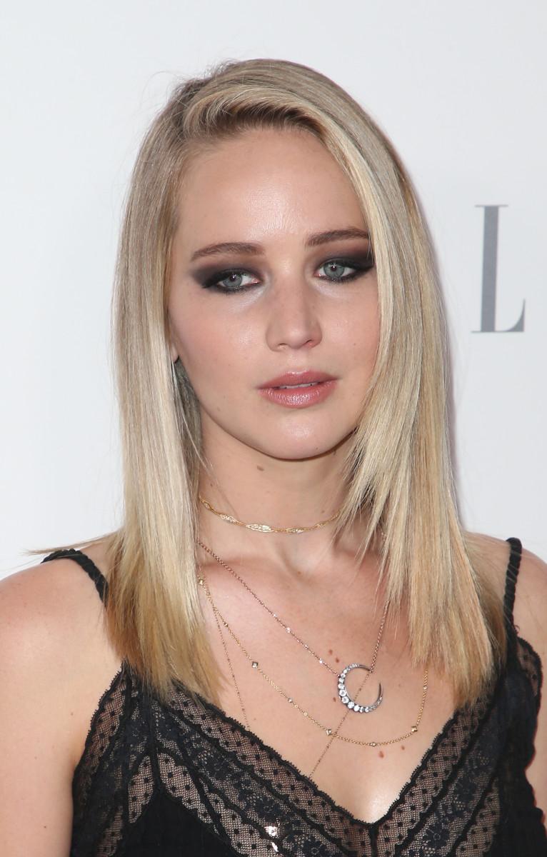 Jennifer Lawrence Elle Women in Hollywood Awards 2017