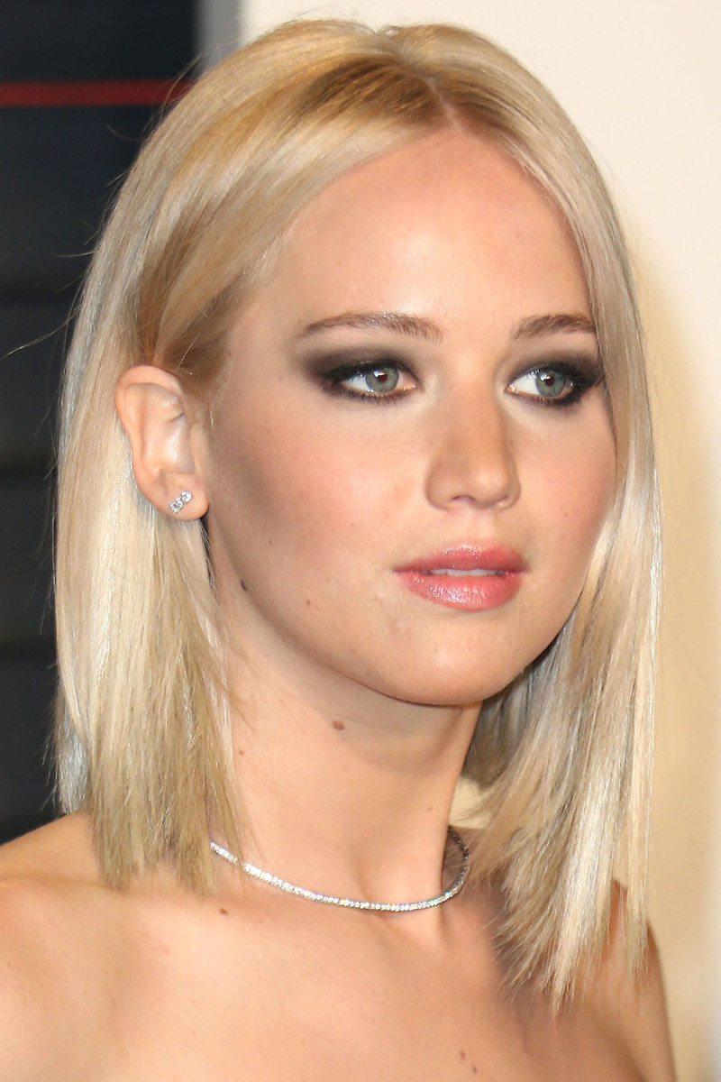 Jennifer Lawrence Vanity Fair Oscar Party 2016
