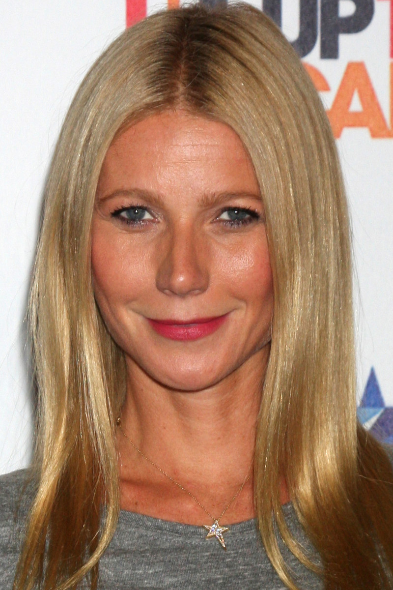 Gwyneth Paltrow Stand Up to Cancer Telecast 2014
