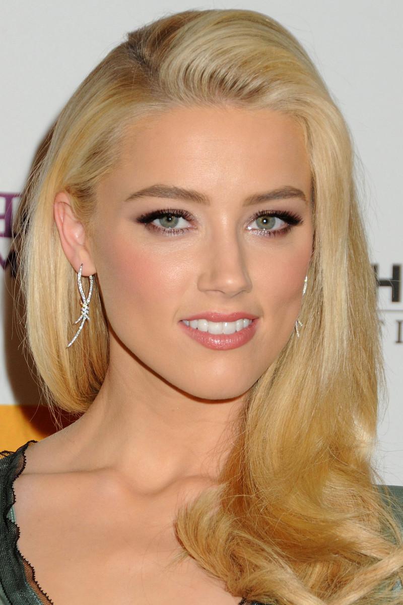 Amber Heard Hollywood Film Awards Gala 2011
