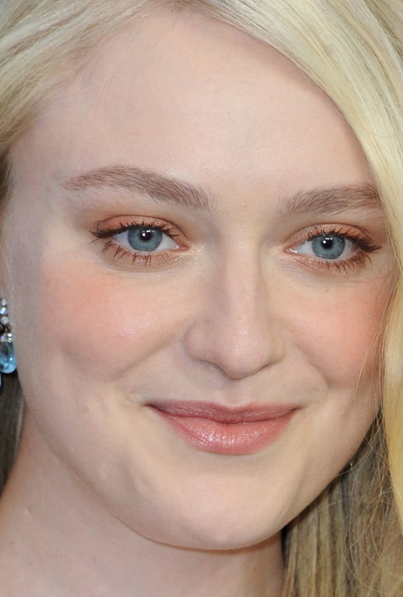 Dakota Fanning SAG Awards 2020