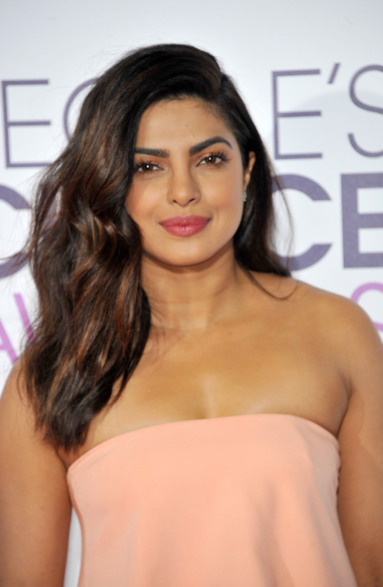 Priyanka Chopra People's Choice Awards 2017