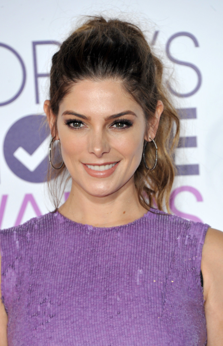 Ashley Greene People's Choice Awards 2017