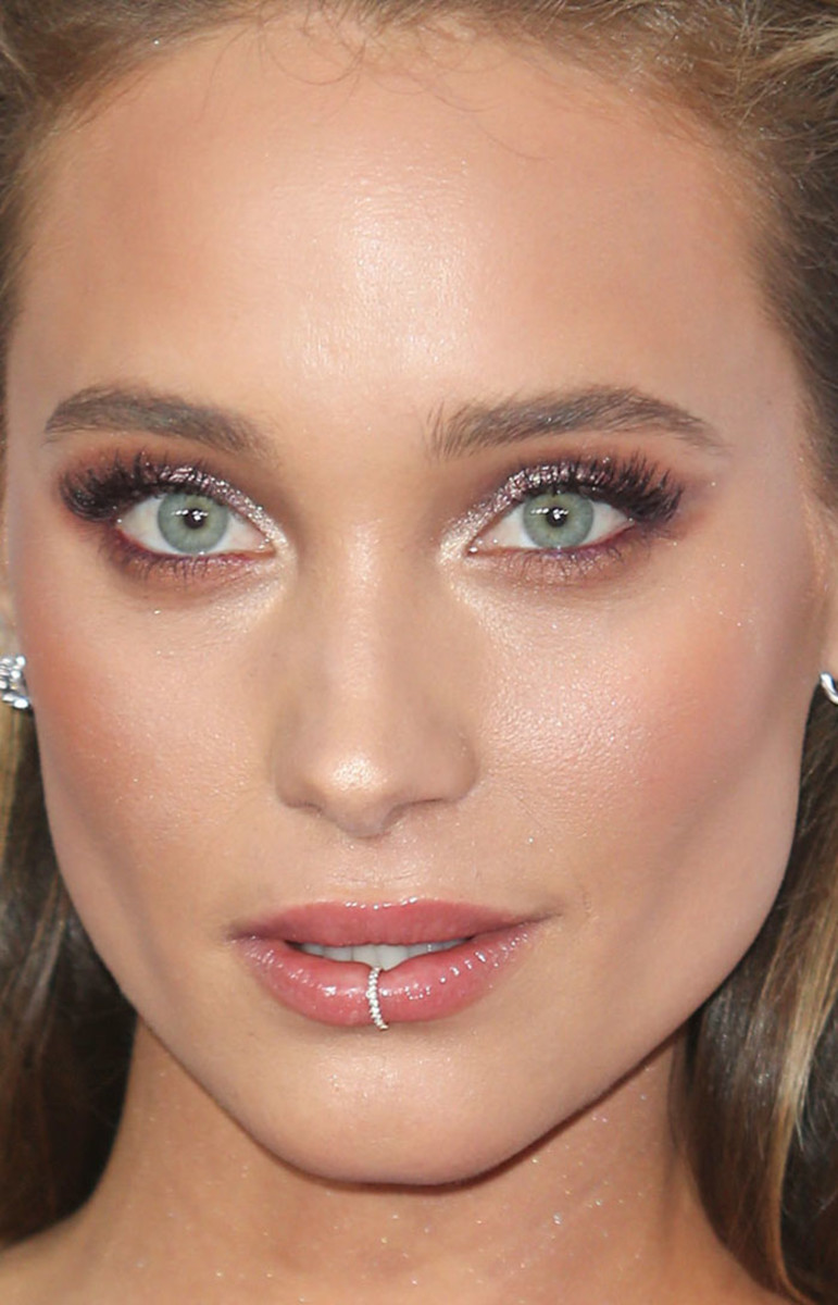 Hannah Davis American Music Awards 2016