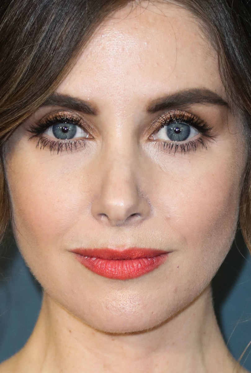 Alison Brie Critics' Choice Awards 2020