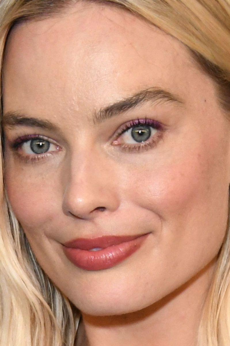 Margot Robbie InStyle Warner Bros Golden Globes After Party 2020