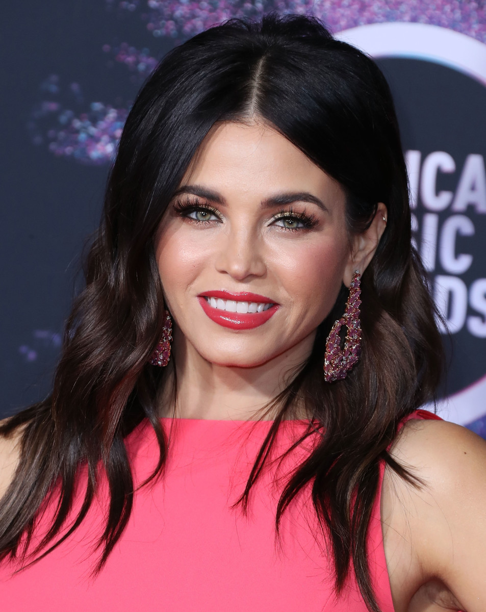 Jenna Dewan American Music Awards 2019