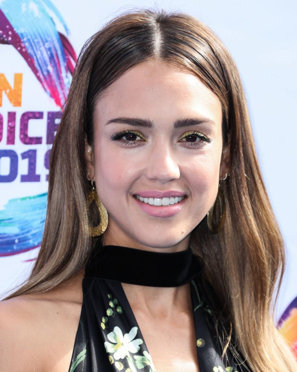 Jessica Alba Teen Choice Awards 2019