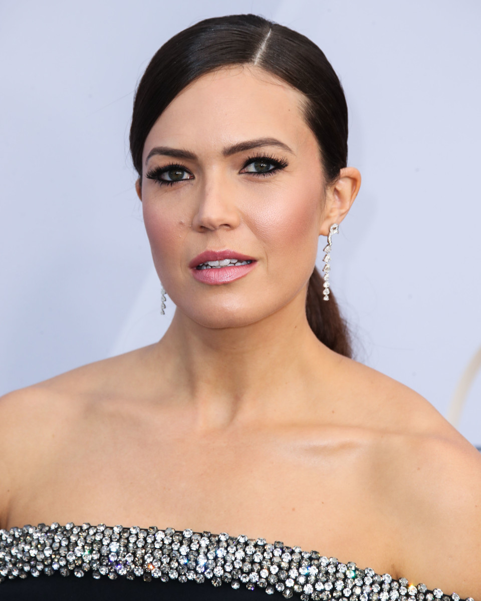 Mandy Moore SAG Awards 2019