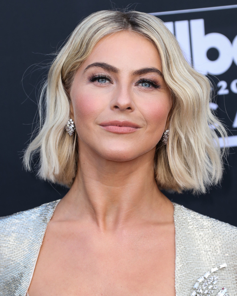 Julianne Hough Billboard Music Awards 2019